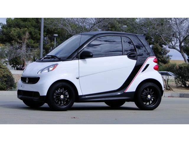 Picture of '13 Smart Fortwo located in Phoenix Arizona Offered by  - OAN9