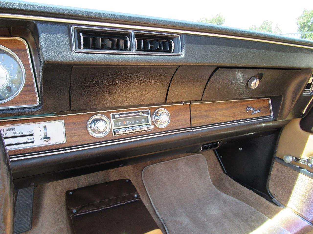 Large Picture of Classic 1972 Oldsmobile Cutlass Supreme Offered by California Cars - OAPR