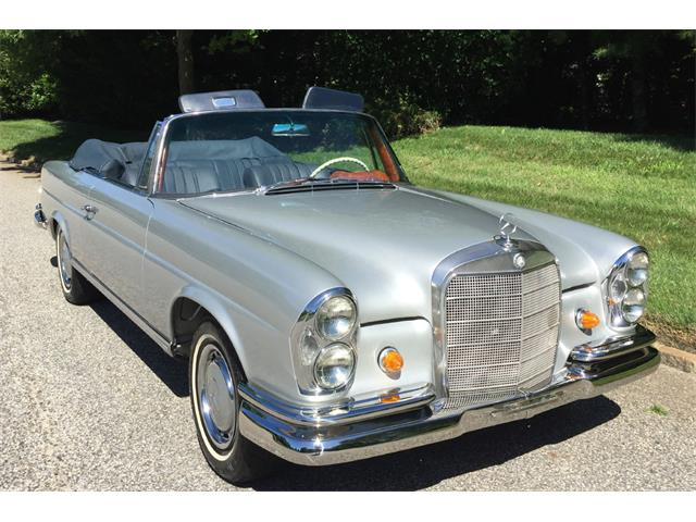 Picture of '67 Mercedes-Benz 250SE located in Southampton New York - OAWU