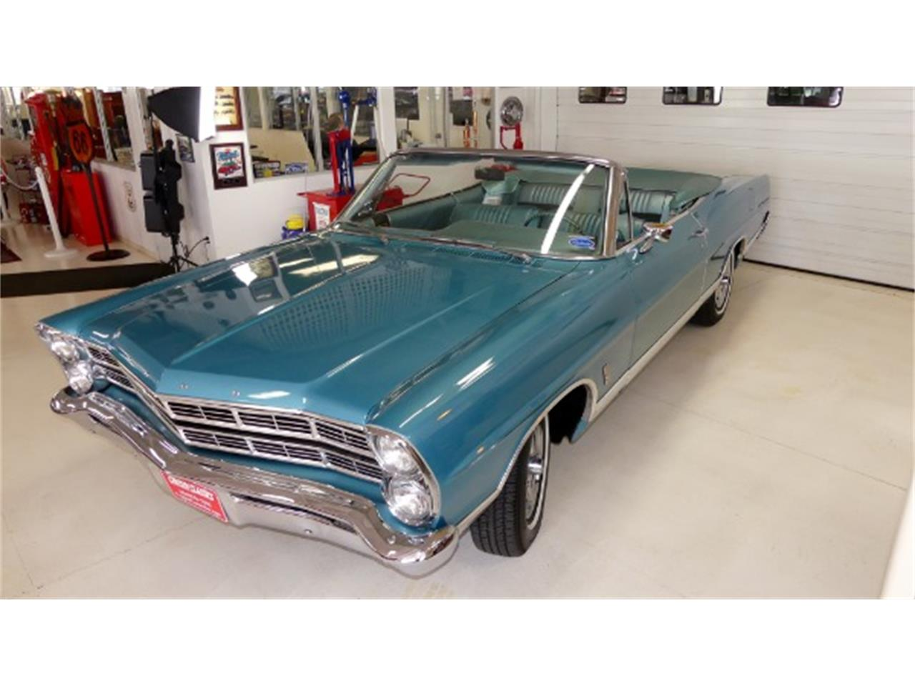 Large Picture of '67 Galaxie - O88C