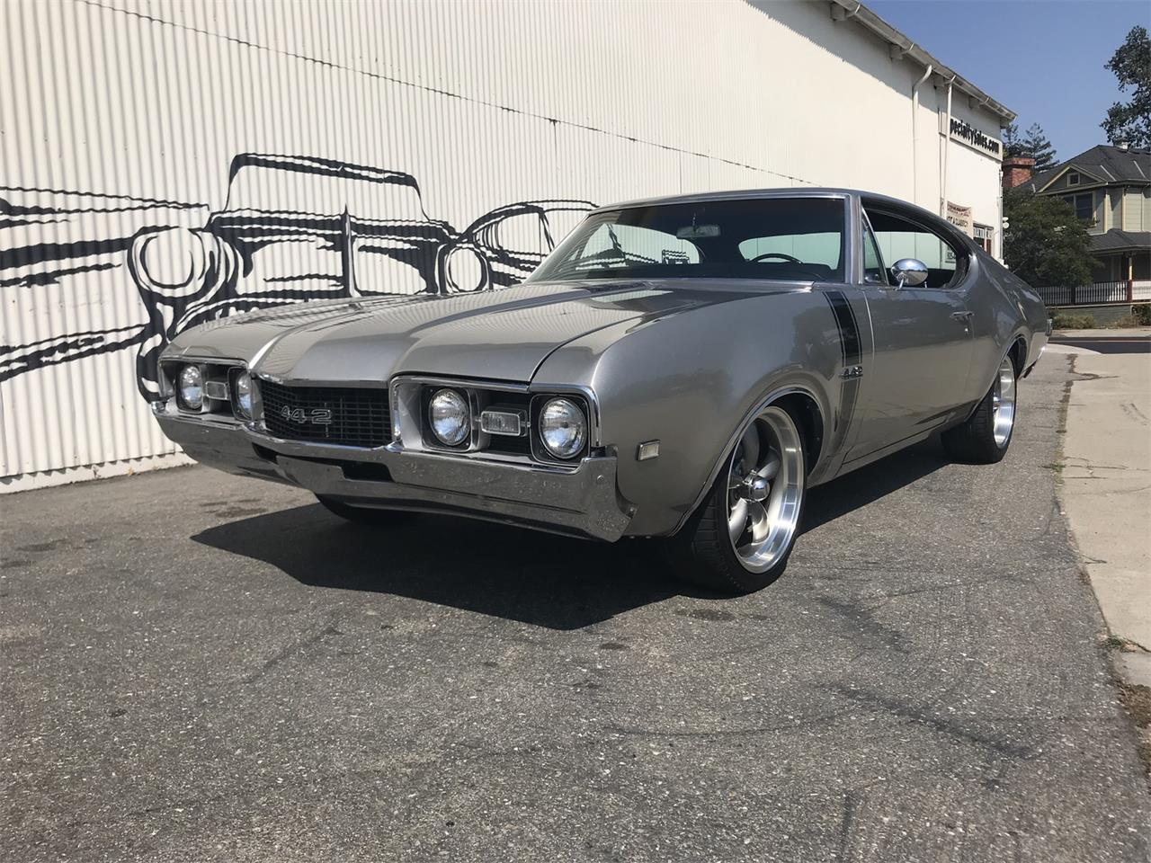 Large Picture of '68 Oldsmobile 442 located in California - $33,990.00 - OBCW