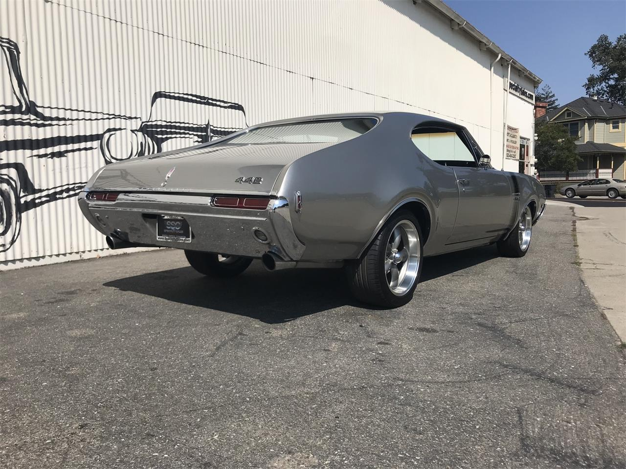 Large Picture of 1968 Oldsmobile 442 located in Fairfield California - $33,990.00 - OBCW