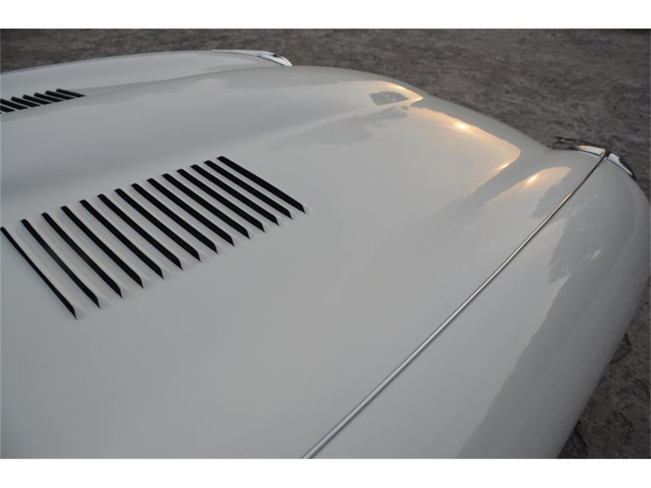 Large Picture of Classic '71 Jaguar E-Type located in Lebanon Tennessee Offered by Frazier Motor Car Company - OBGE