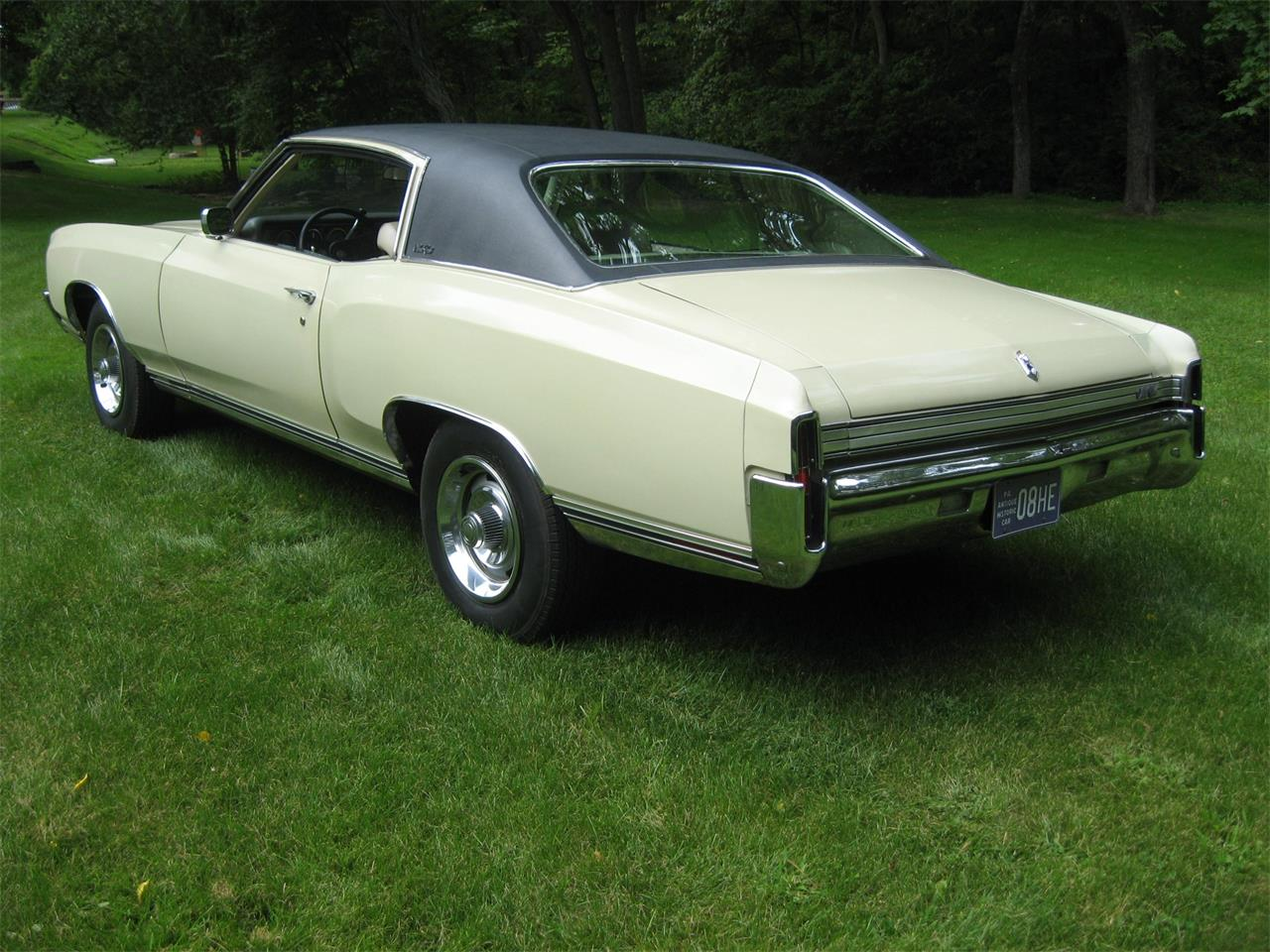 Large Picture of '72 Monte Carlo - OBLH