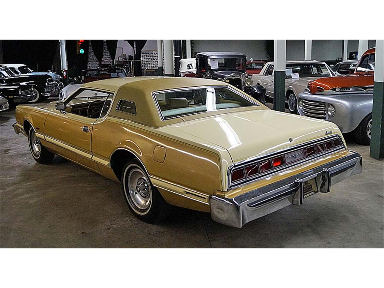 Large Picture of '76 Ford Thunderbird Offered by Motorcar Portfolio - OBR3
