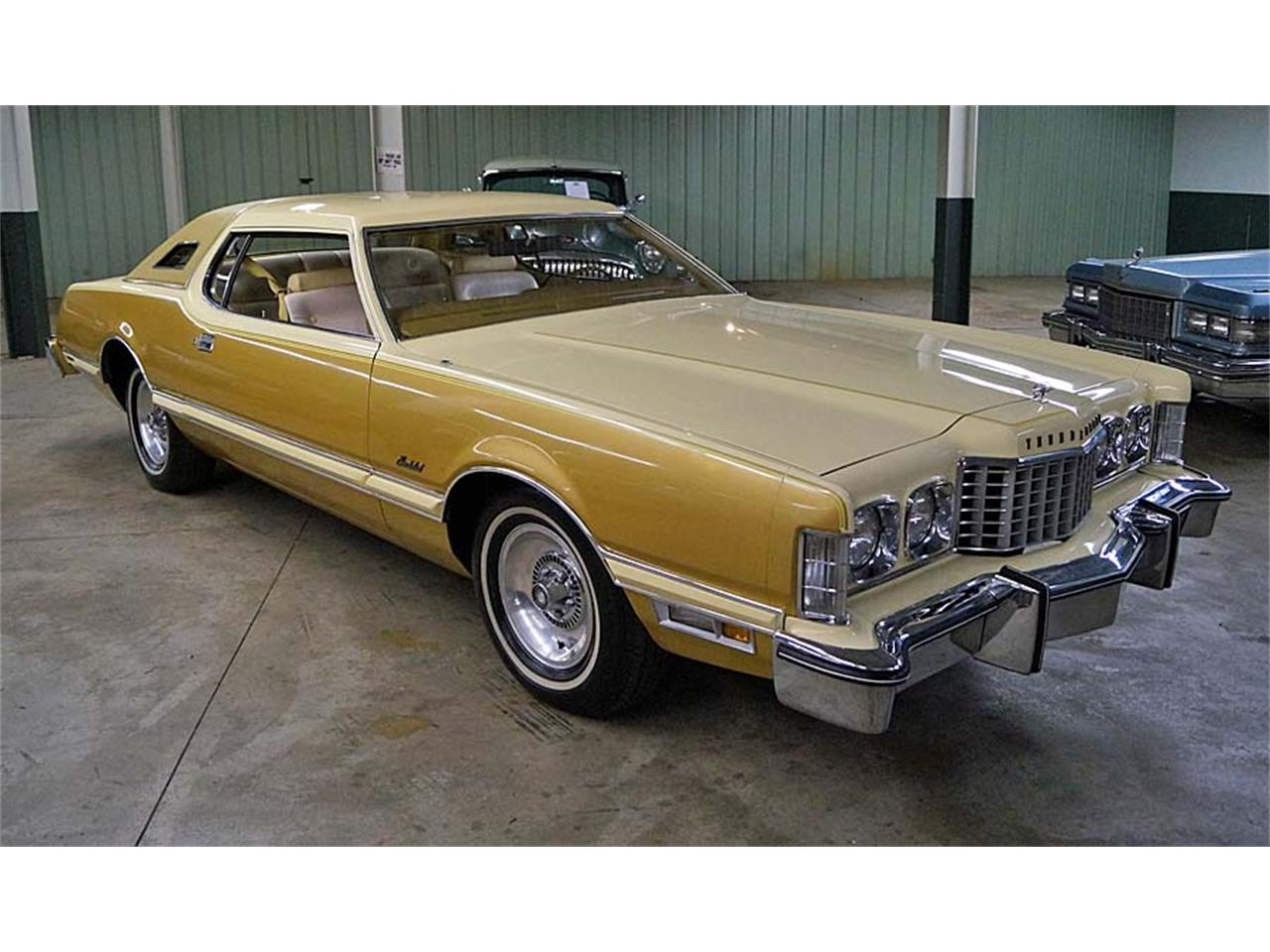 Large Picture of '76 Thunderbird Offered by Motorcar Portfolio - OBR3