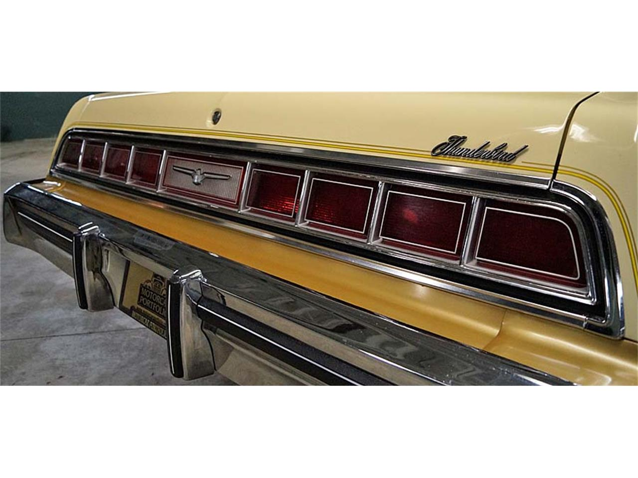 Large Picture of 1976 Ford Thunderbird Offered by Motorcar Portfolio - OBR3