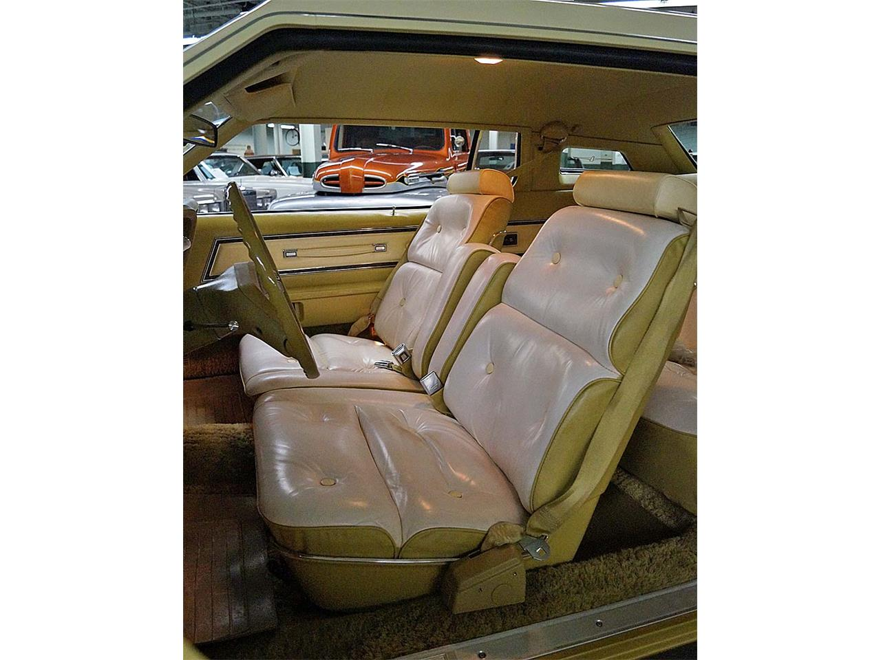 Large Picture of 1976 Ford Thunderbird - OBR3