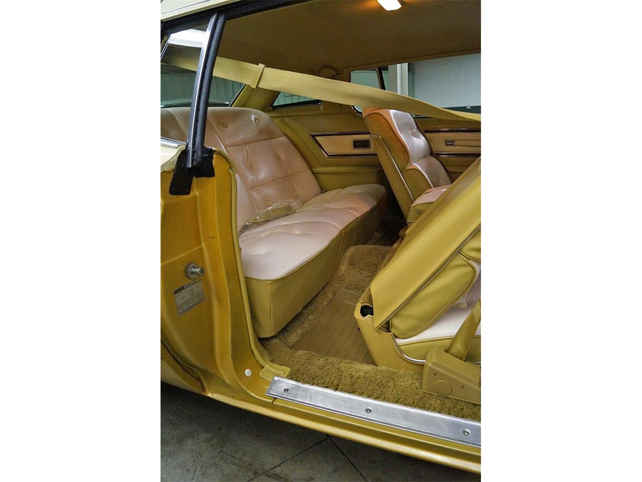 Large Picture of 1976 Ford Thunderbird located in Ohio - OBR3