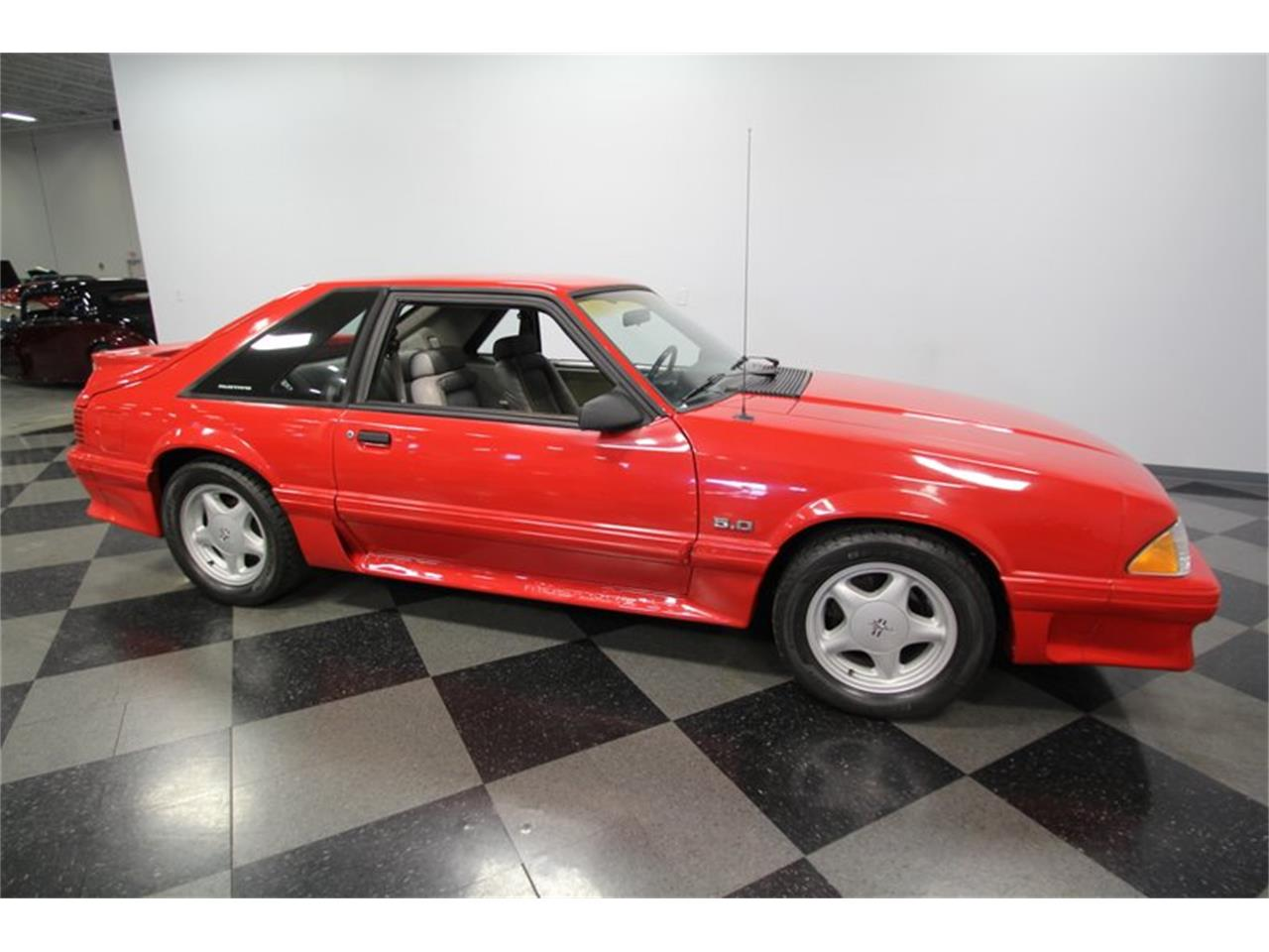 Large Picture of '91 Mustang - OBS7