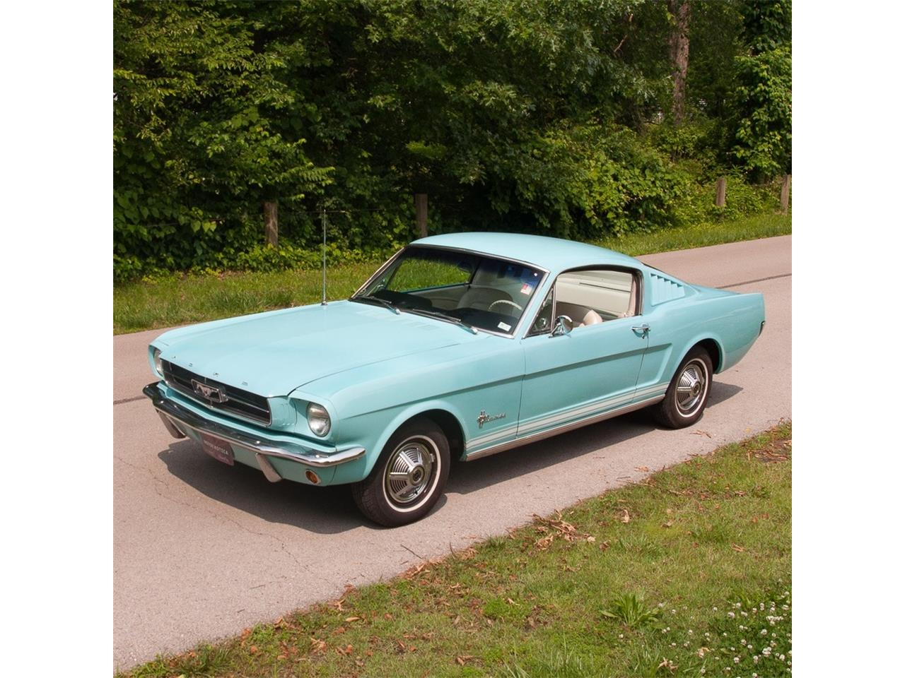 Large Picture of '65 Mustang - OBU0