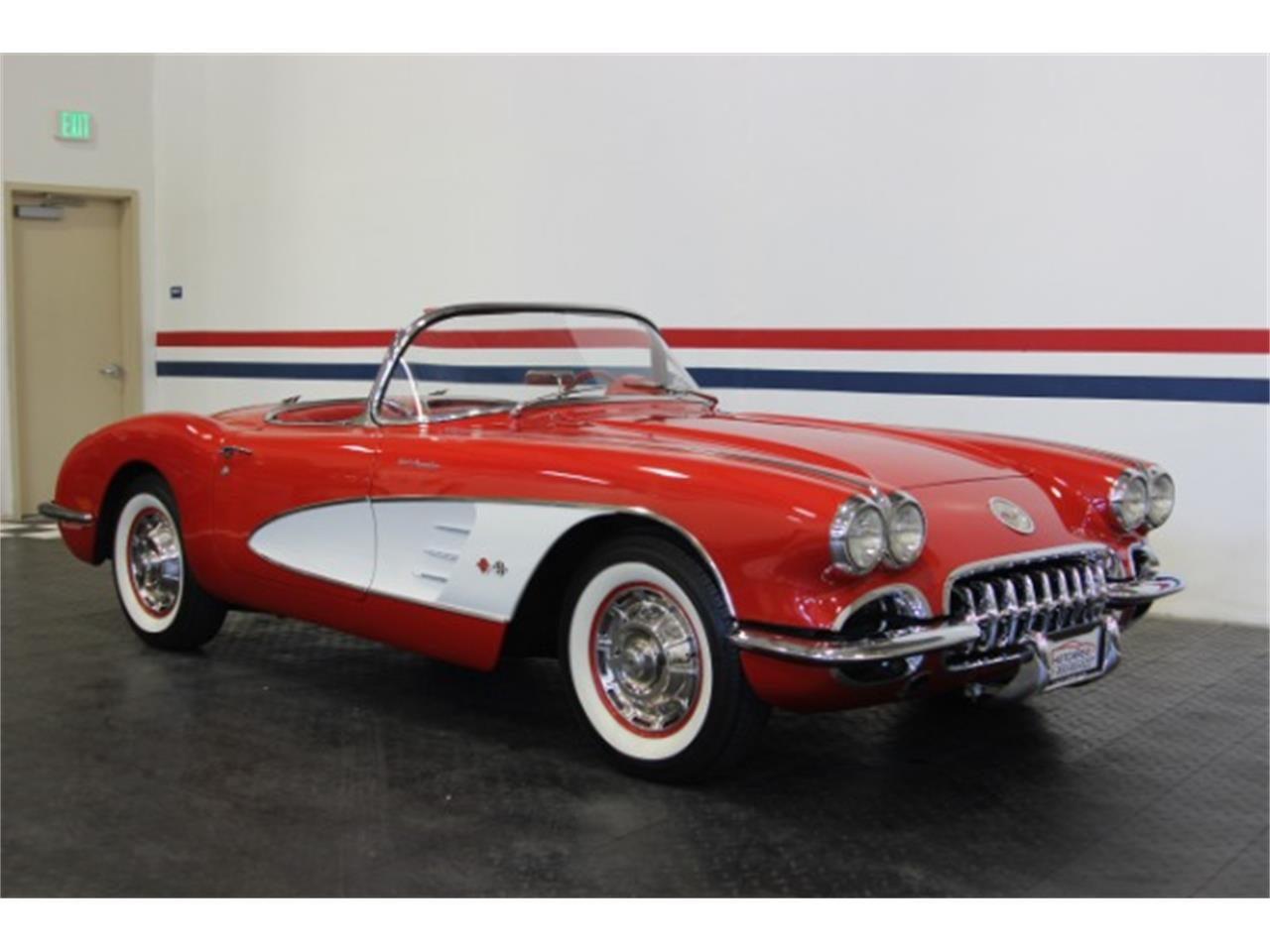 Large Picture of Classic '60 Corvette - OBXJ