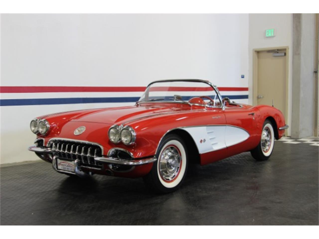 Large Picture of Classic 1960 Chevrolet Corvette located in California - OBXJ