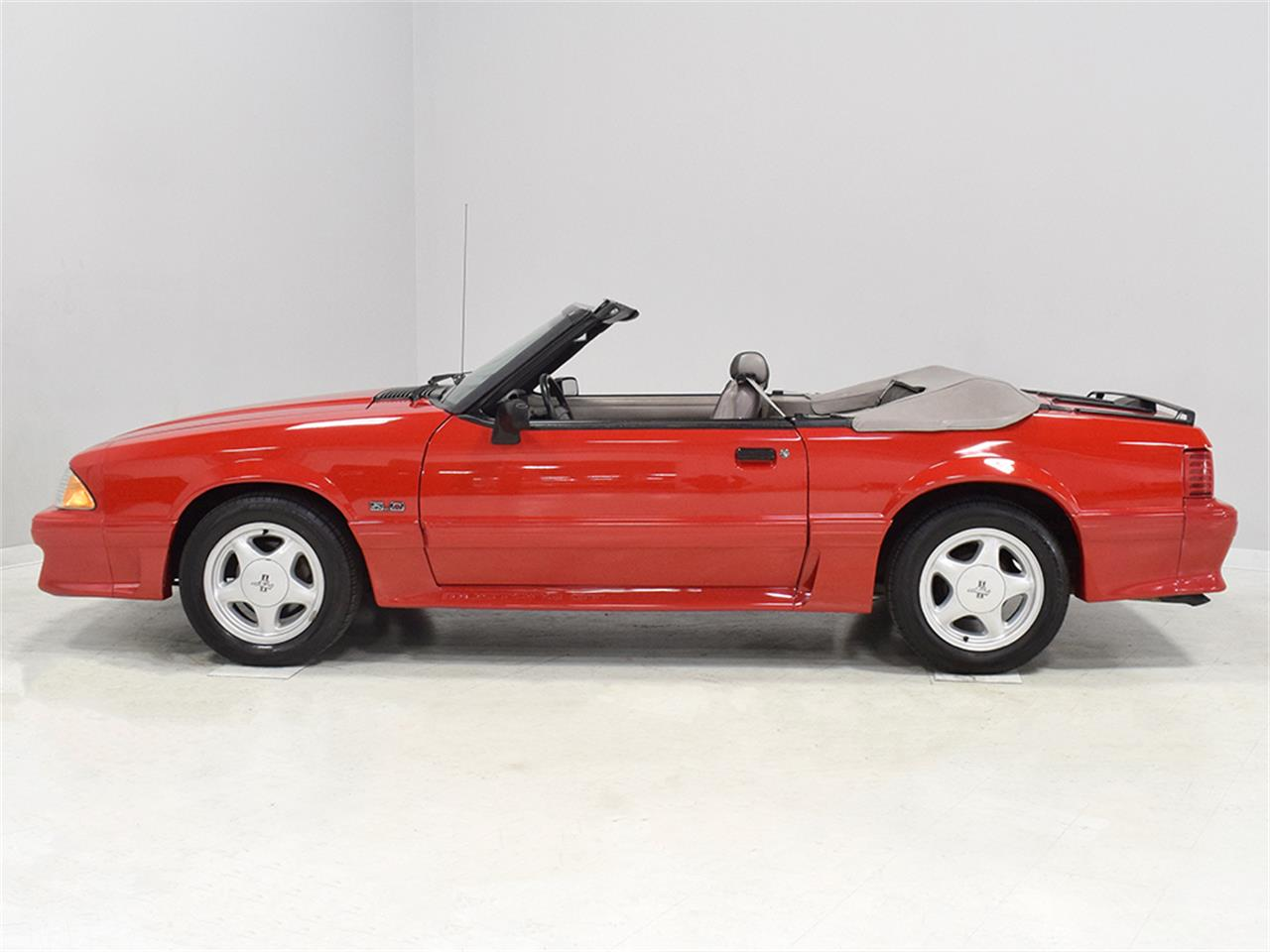 Large Picture of '92 Mustang GT - OBZH