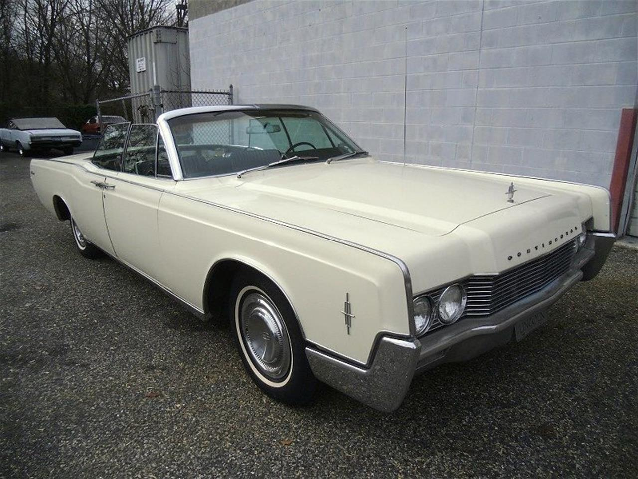 Large Picture of Classic '66 Continental located in Stratford New Jersey - $27,990.00 Offered by Black Tie Classics - OCC2