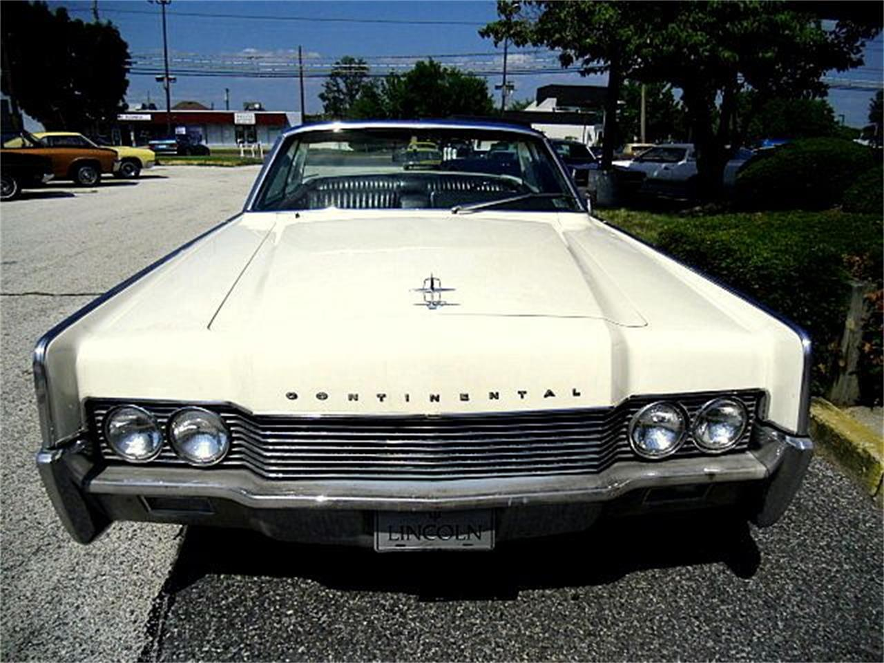 Large Picture of Classic 1966 Lincoln Continental located in Stratford New Jersey - OCC2