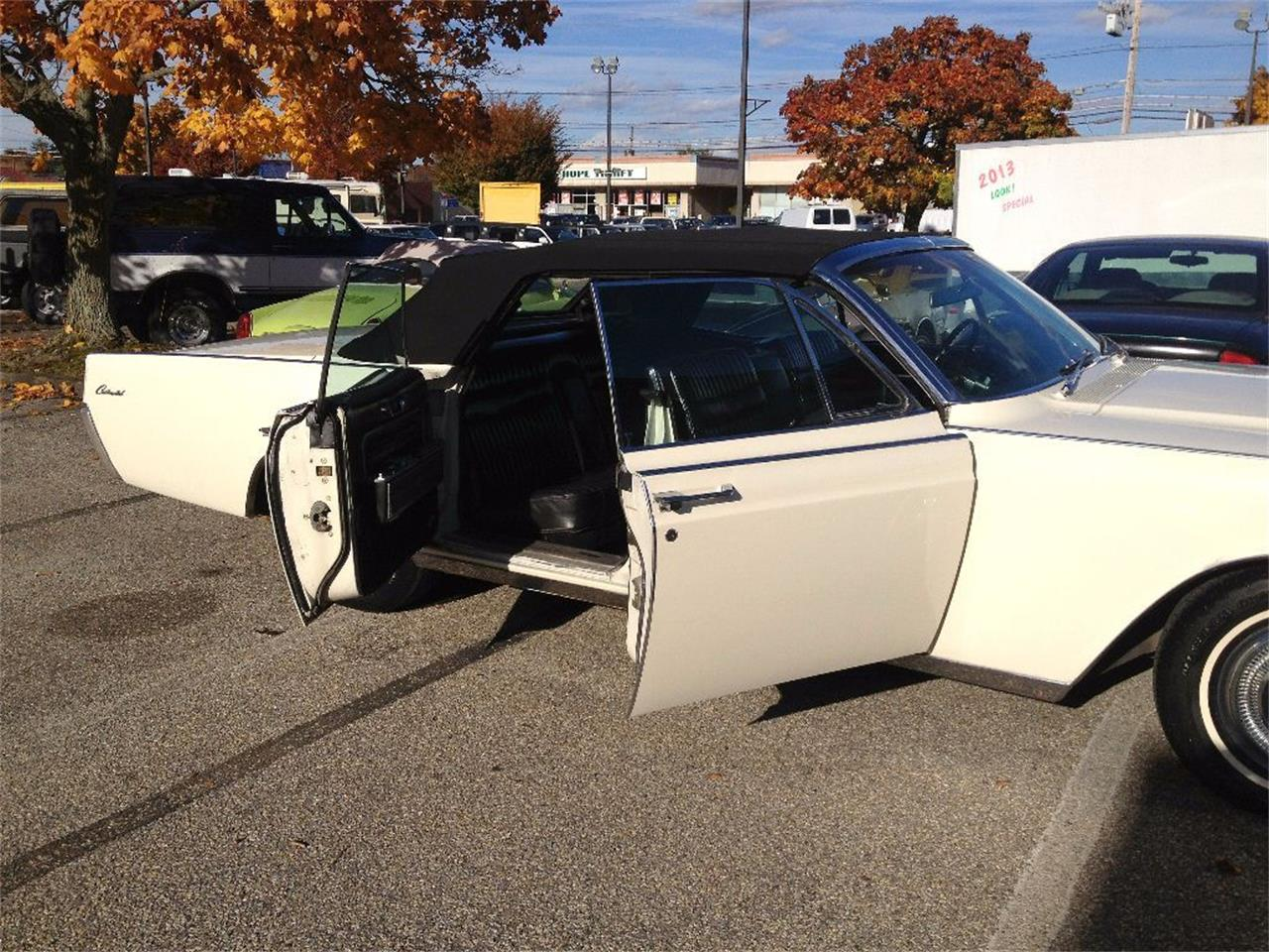 Large Picture of 1966 Lincoln Continental Offered by Black Tie Classics - OCC2