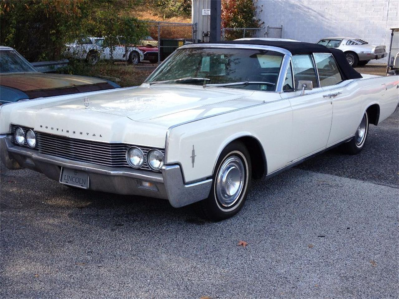 Large Picture of Classic '66 Lincoln Continental located in Stratford New Jersey - $27,990.00 Offered by Black Tie Classics - OCC2