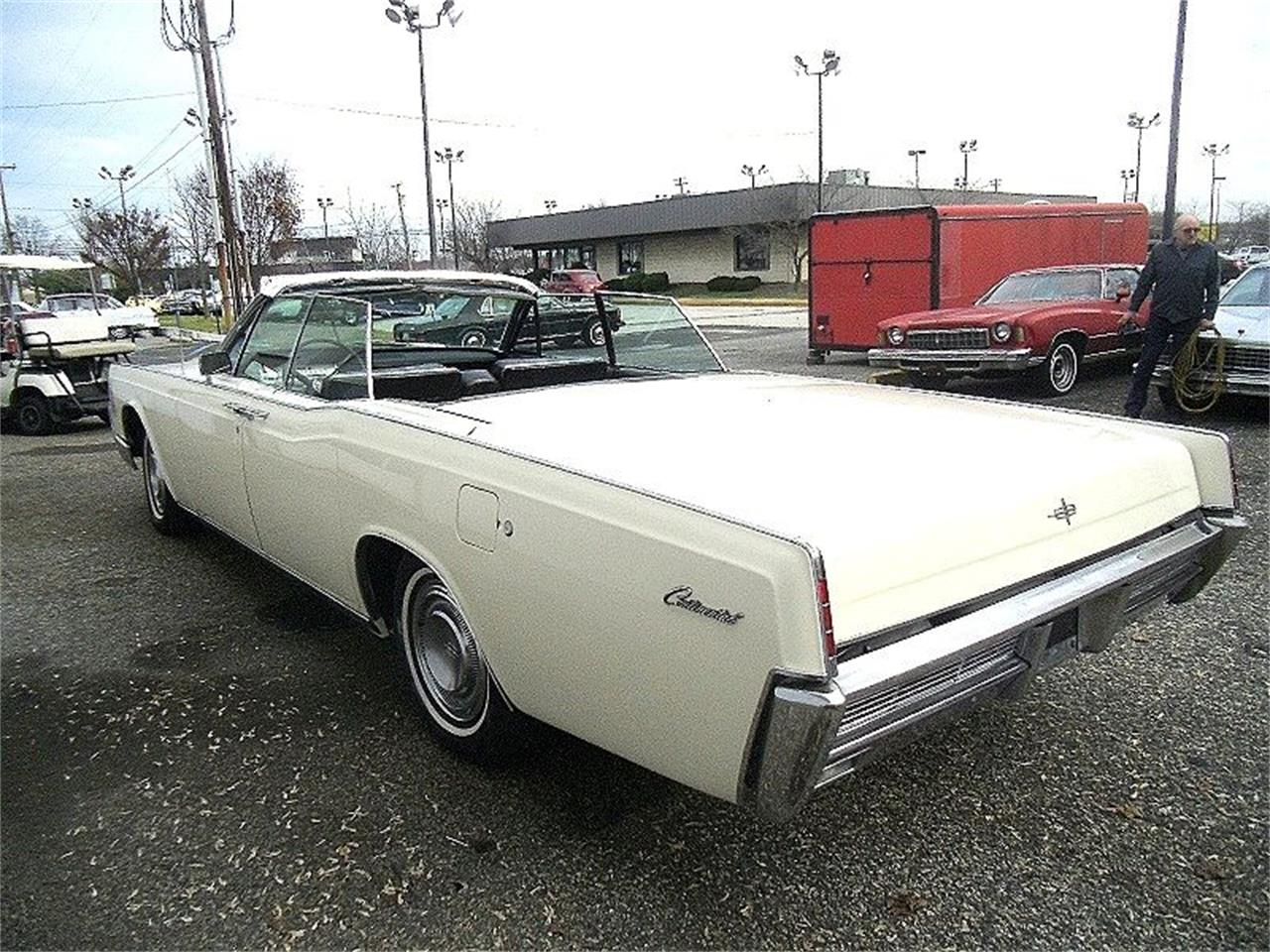 Large Picture of '66 Lincoln Continental located in New Jersey Offered by Black Tie Classics - OCC2