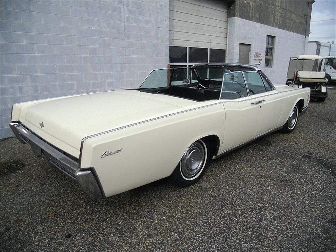 Large Picture of '66 Lincoln Continental located in Stratford New Jersey - $27,990.00 - OCC2