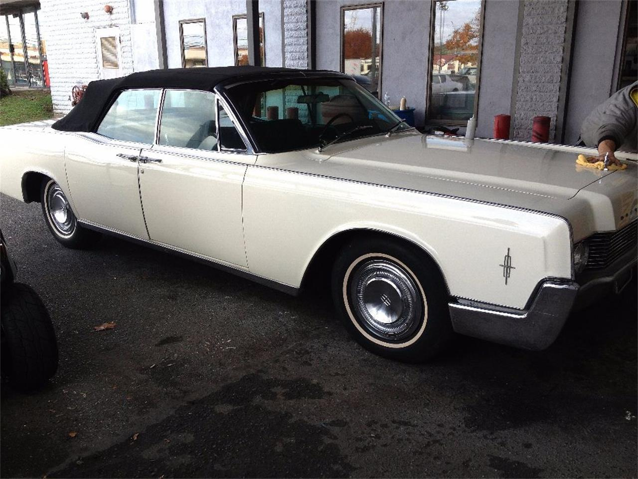 Large Picture of '66 Continental Offered by Black Tie Classics - OCC2