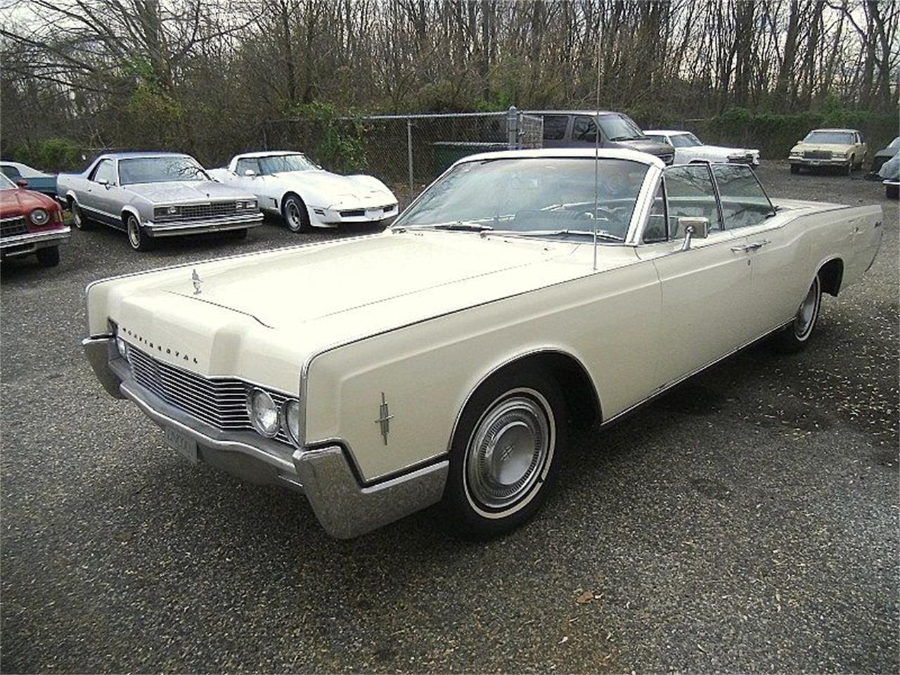 Large Picture of Classic '66 Lincoln Continental located in Stratford New Jersey - OCC2