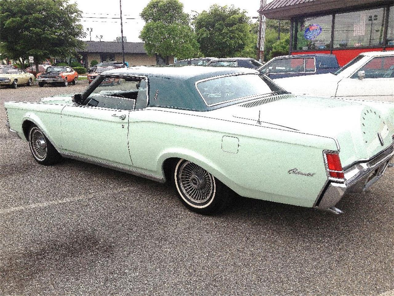 Large Picture of '71 Continental Mark III - OCE8