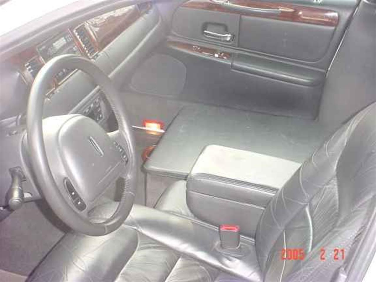 Large Picture of '99 Limousine - OCEA