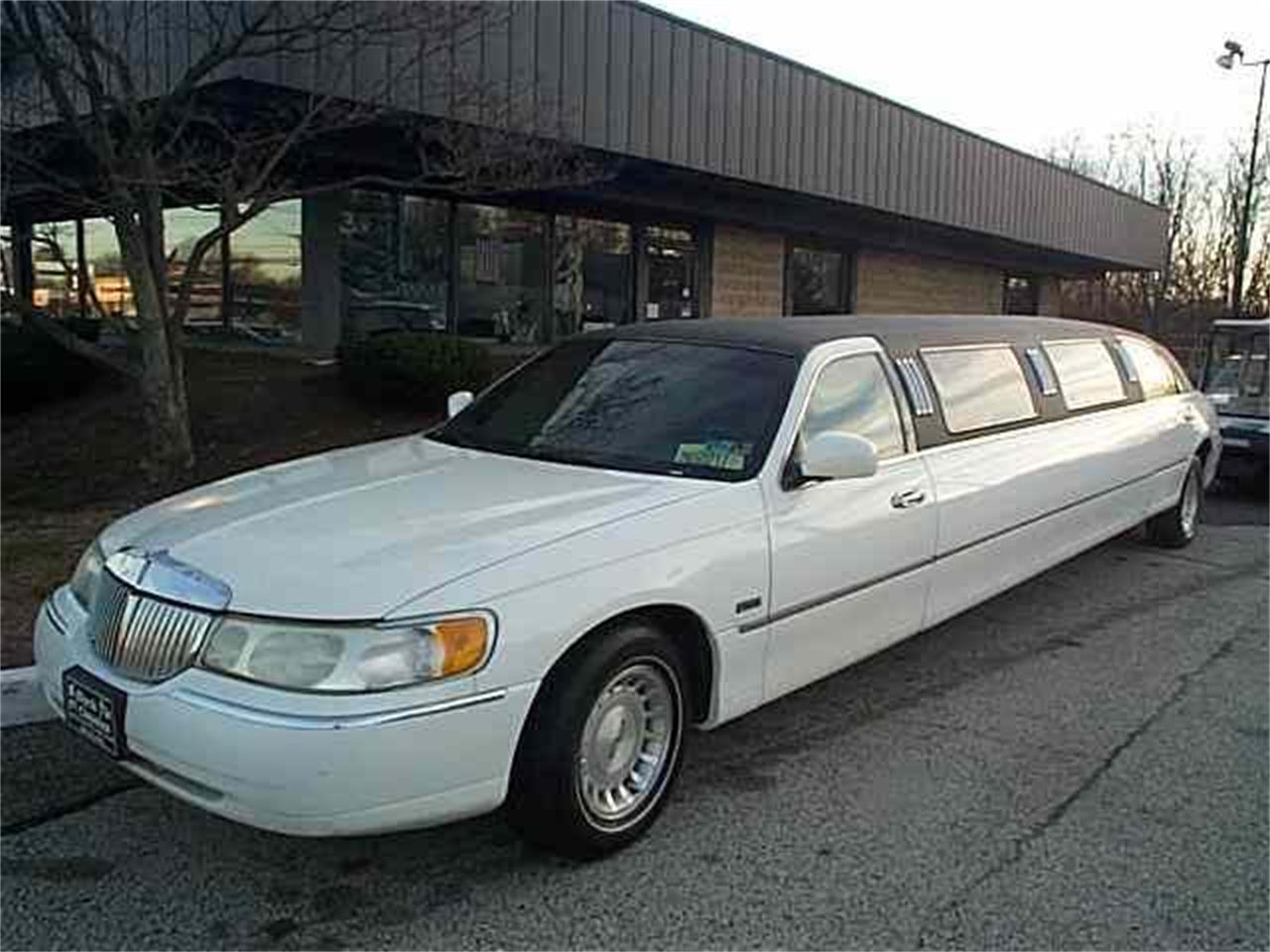 Large Picture of '98 Limousine - OCEB
