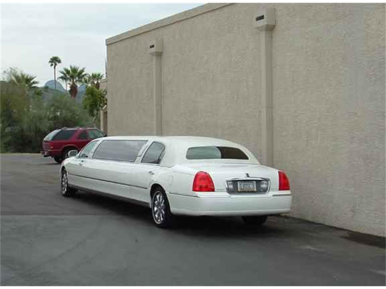 Picture of '03 Limousine - OCEI