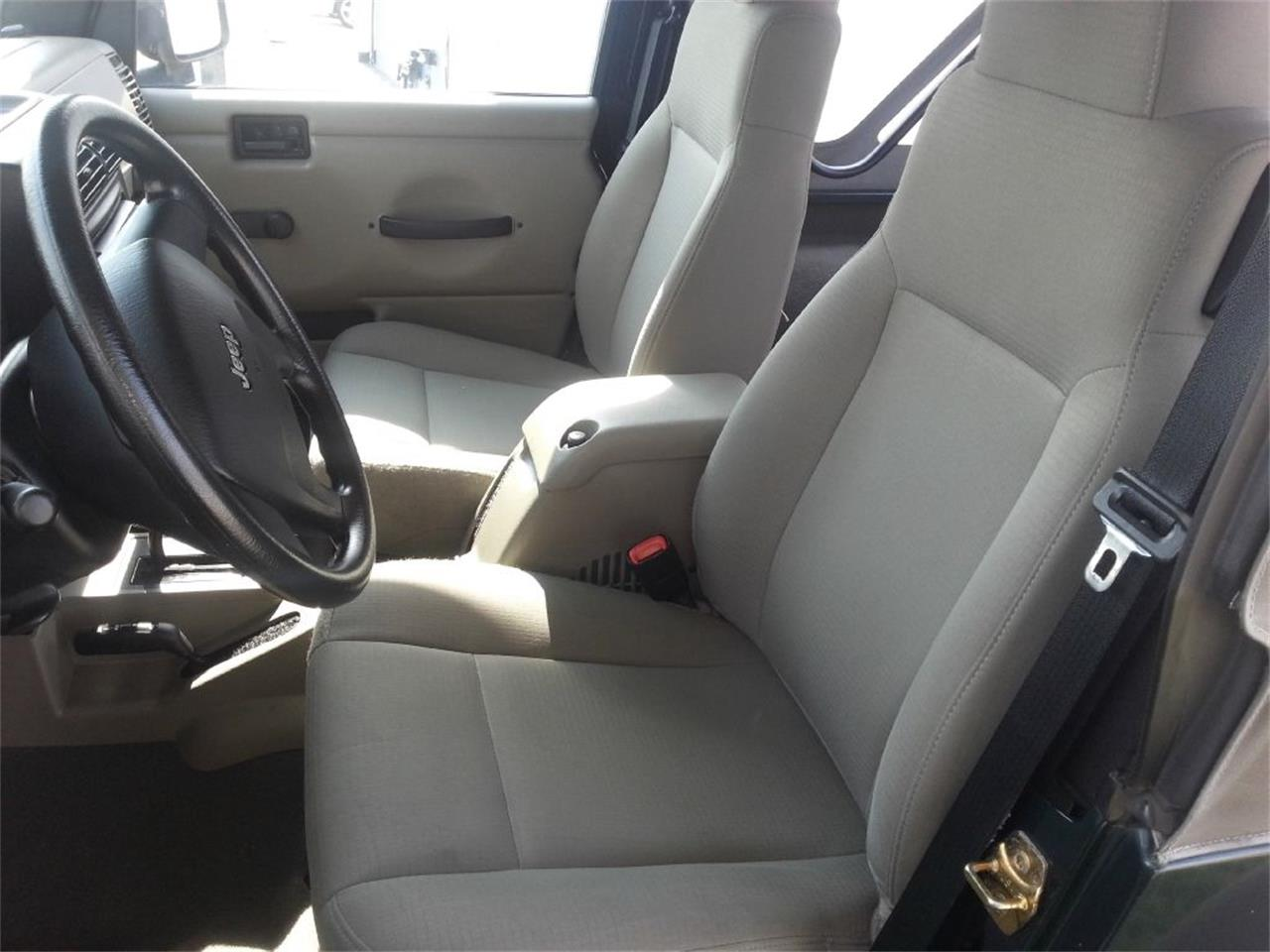 Large Picture of 2006 Jeep Wrangler located in Stratford New Jersey - OCEN