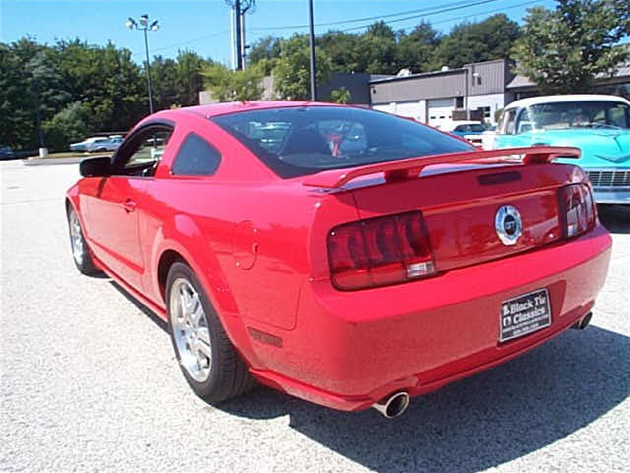 Large Picture of '05 Mustang GT - OCG1