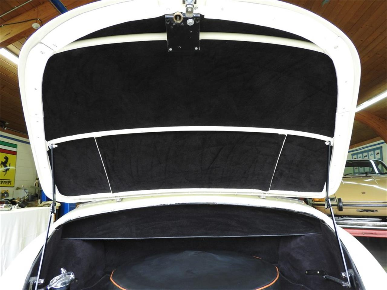 Large Picture of '50 Roadster located in Auburn Hills Michigan Offered by Nostalgic Motoring Ltd. - OCHL