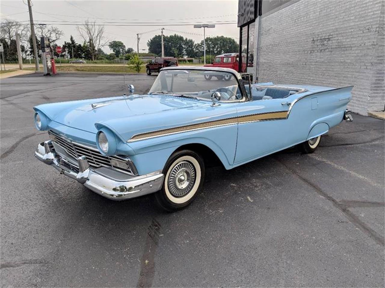 Large picture of 57 fairlane o8du