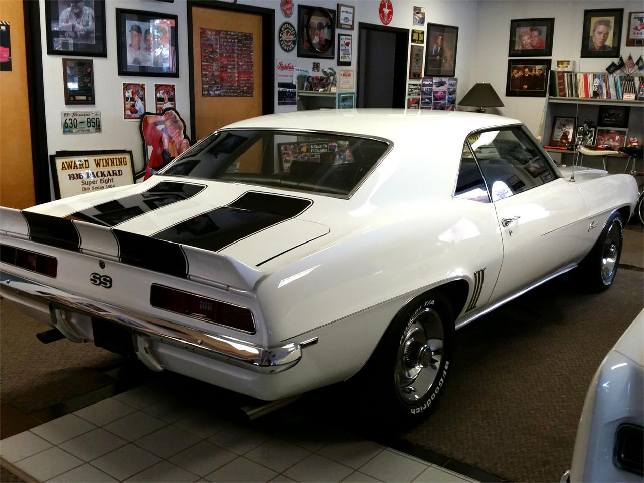 Large Picture of '69 Camaro SS - OCNK