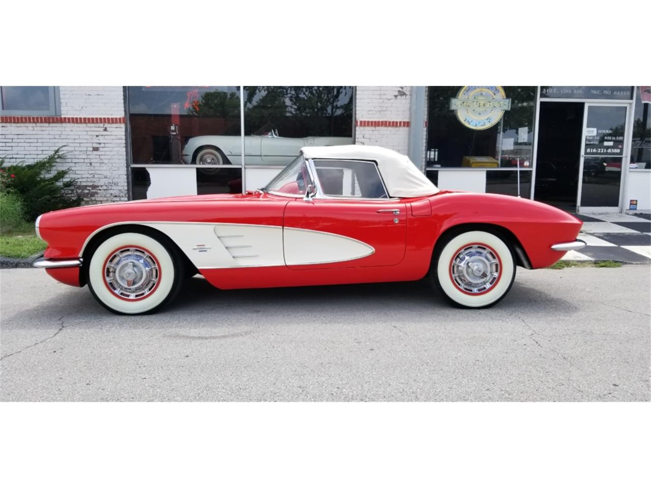 1961 Chevrolet Corvette For Sale Cc 1136297 Chevy Stingray Large Picture Of 61 Ocrt