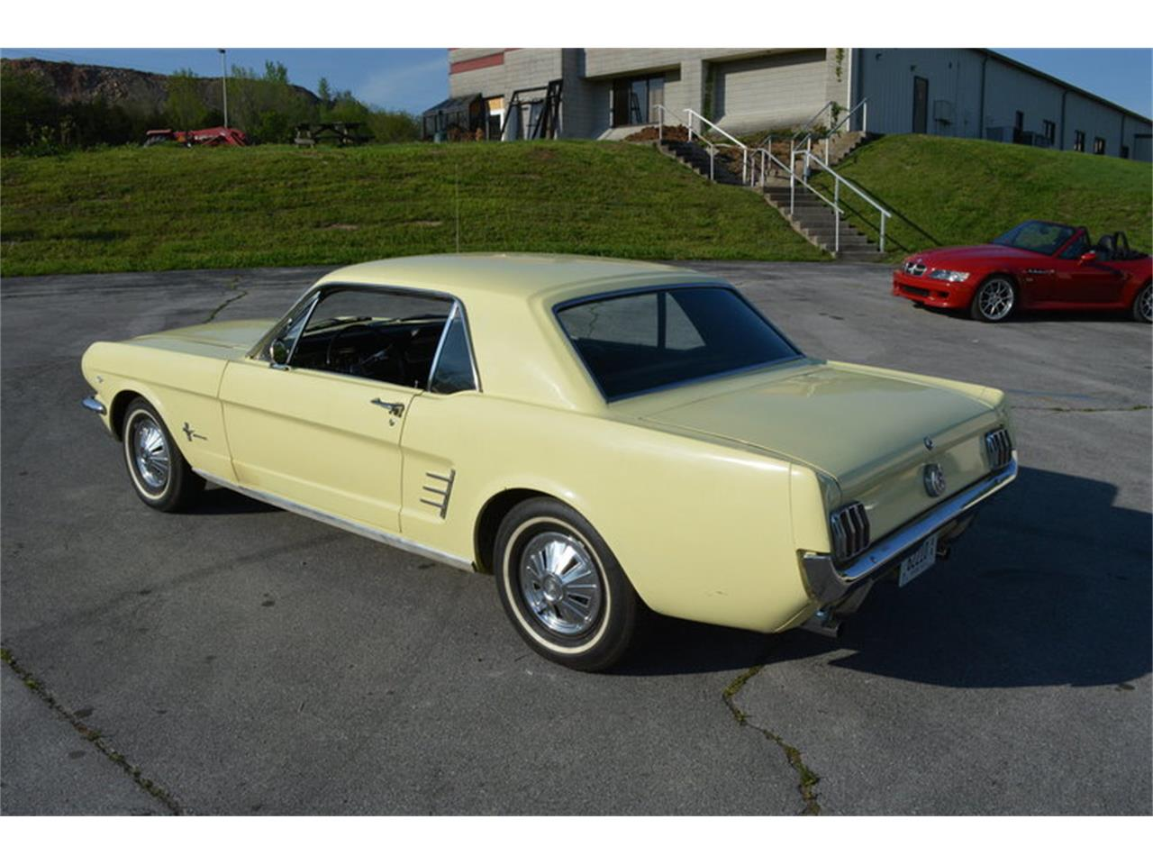 Large Picture of '66 Mustang - O8EM