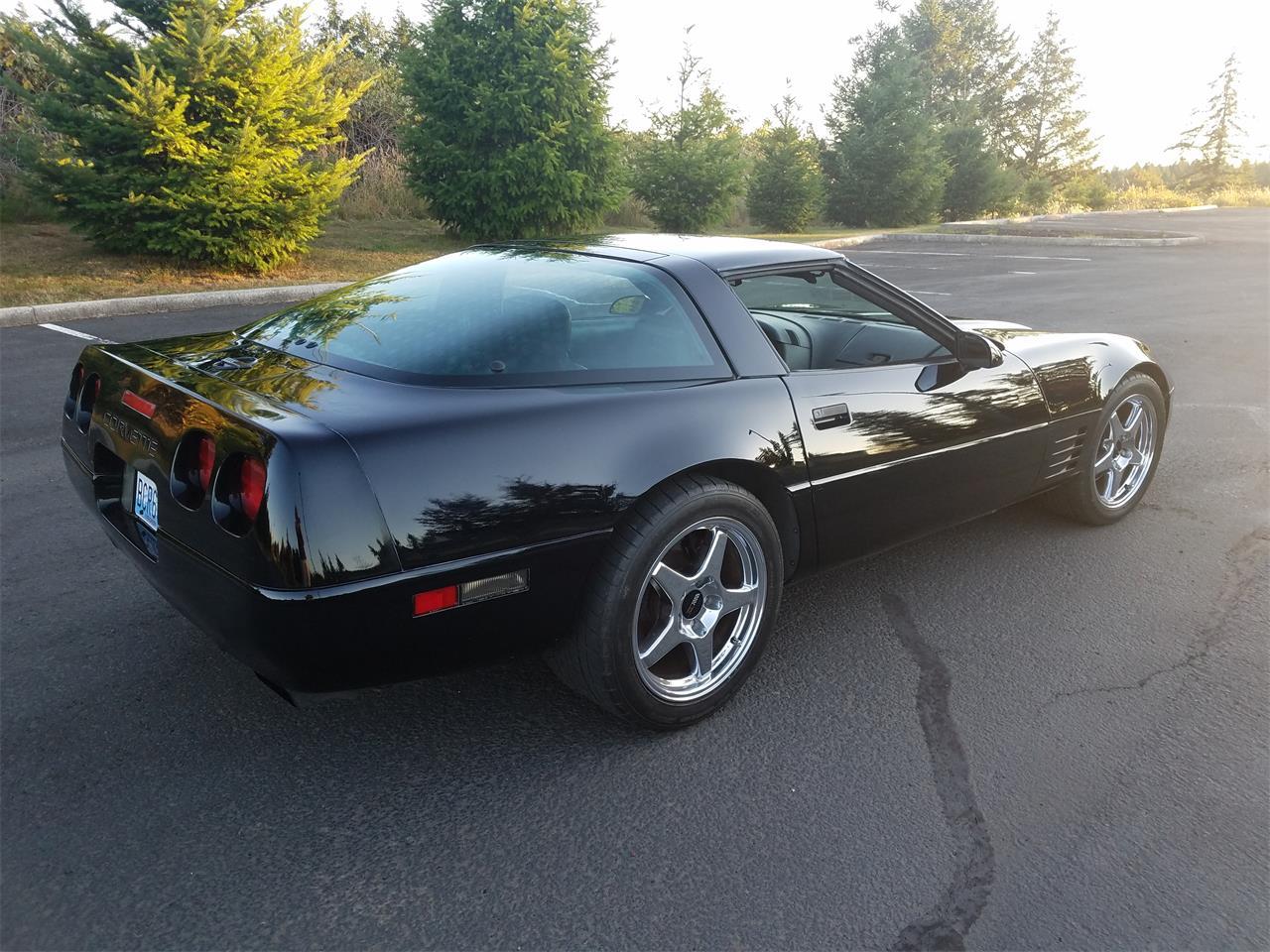 Large Picture of '92 Corvette - OCX8