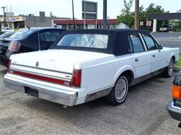 Picture of 1988 Lincoln Town Car located in New Jersey Offered by Black Tie Classics - OCZ3