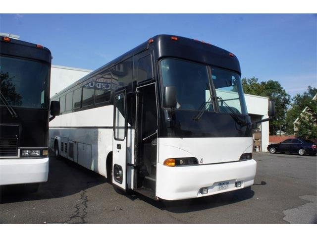 Picture of '03 Bus - OCZ7