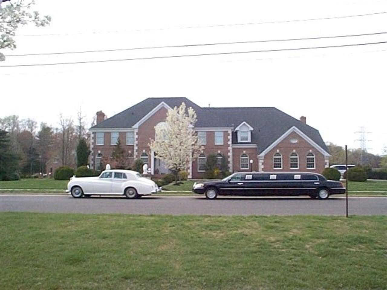 Large Picture of '99 Limousine - OCZ8