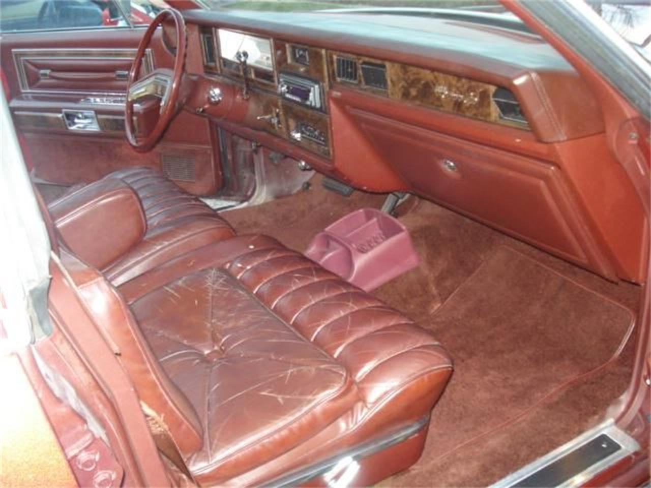 Large Picture of '79 Town Car Offered by Black Tie Classics - OCZC