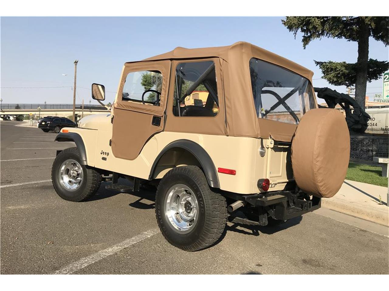 Large Picture of '75 Jeep CJ5 located in Nevada Auction Vehicle Offered by Barrett-Jackson - OD0B