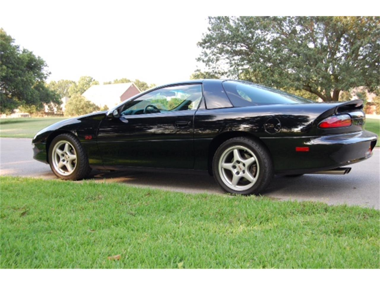 Large Picture of 1996 Chevrolet Camaro SS - $20,000.00 - O8FP