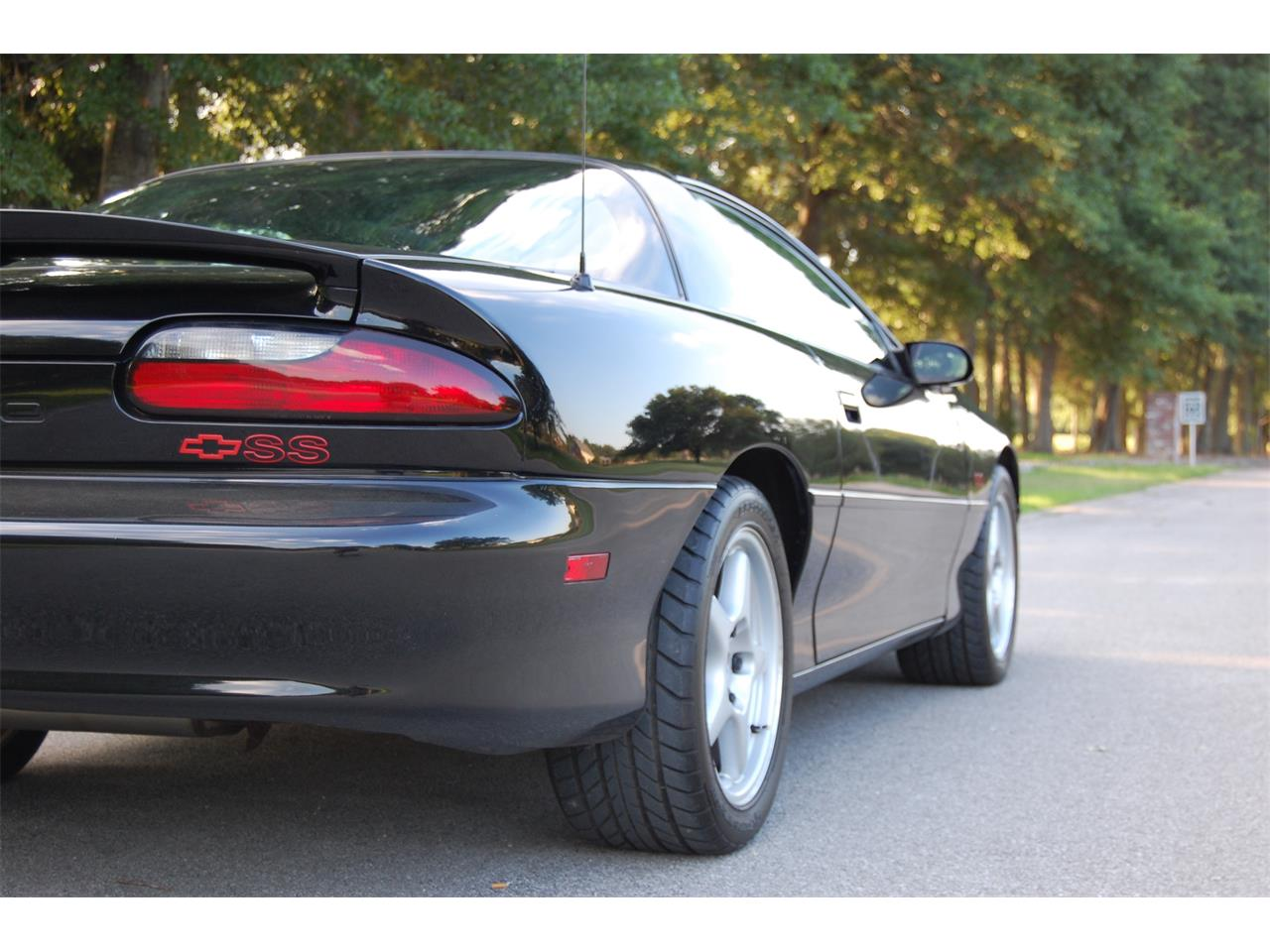 Large Picture of '96 Camaro SS located in Lafayette Louisiana - $20,000.00 Offered by a Private Seller - O8FP