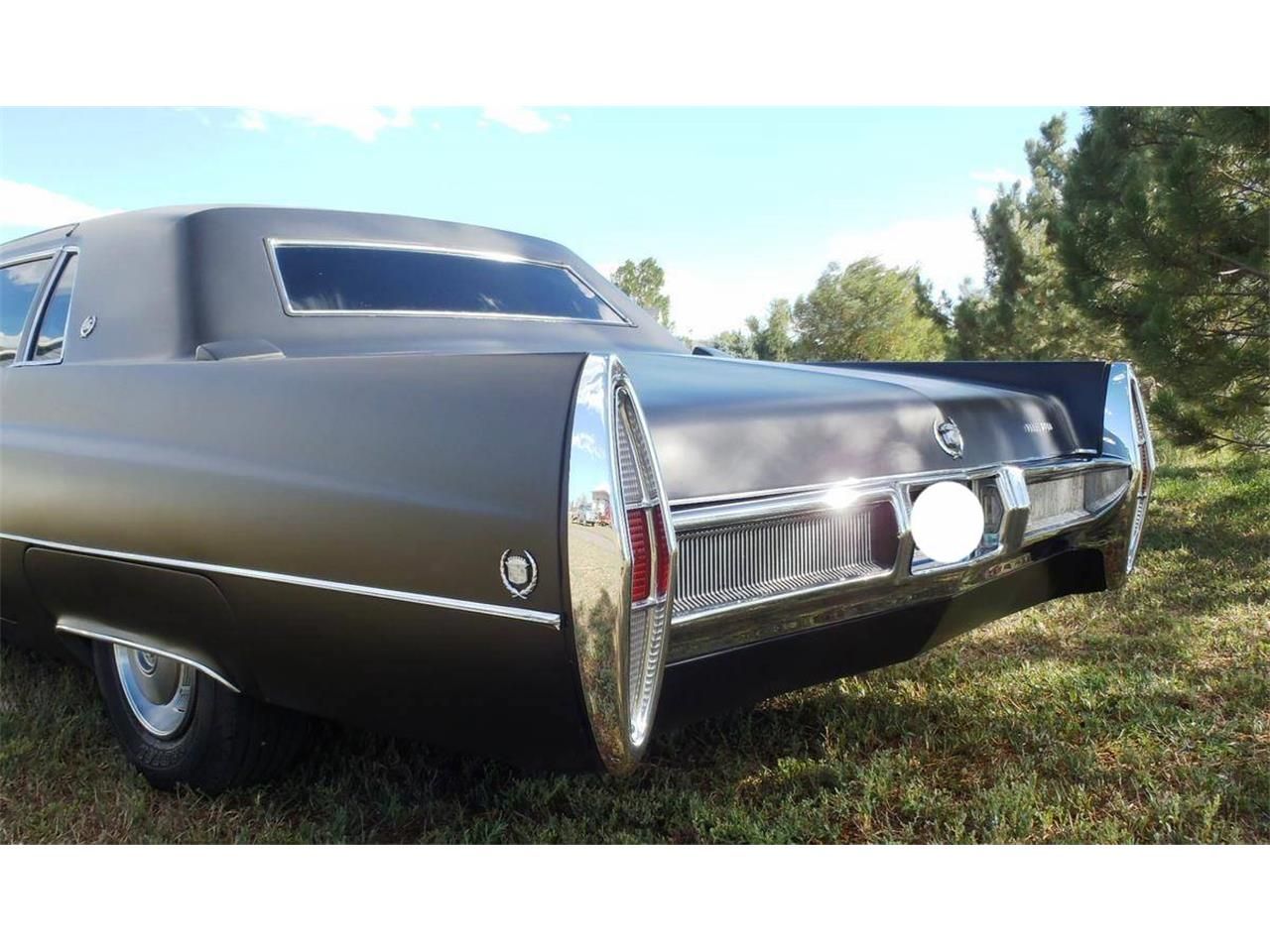 Large Picture of Classic 1967 Fleetwood Limousine - $13,000.00 Offered by a Private Seller - OD55
