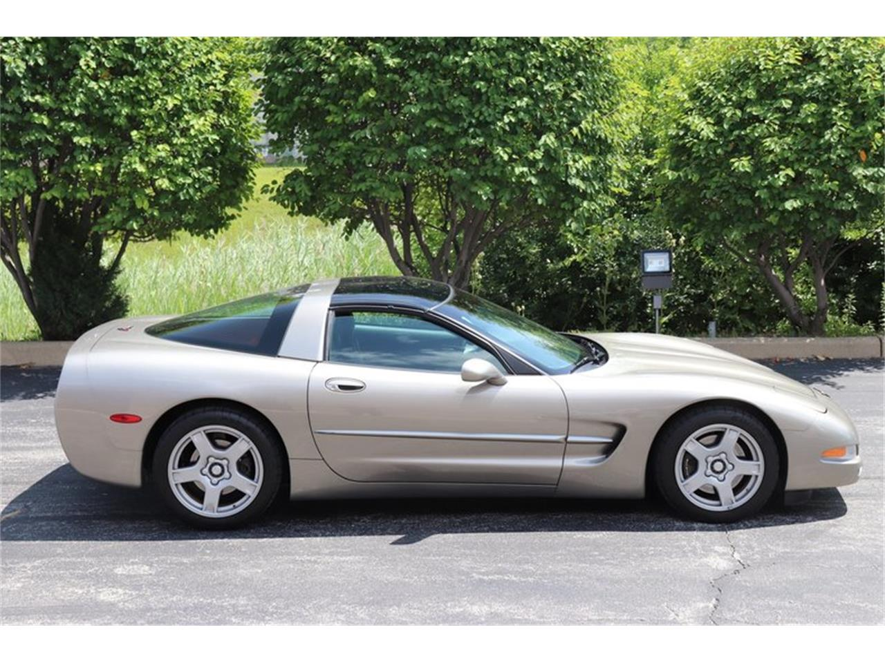 Picture of '98 Corvette - O8HK