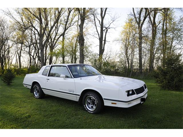 Picture of 1983 Monte Carlo SS located in Wisconsin - OEH1
