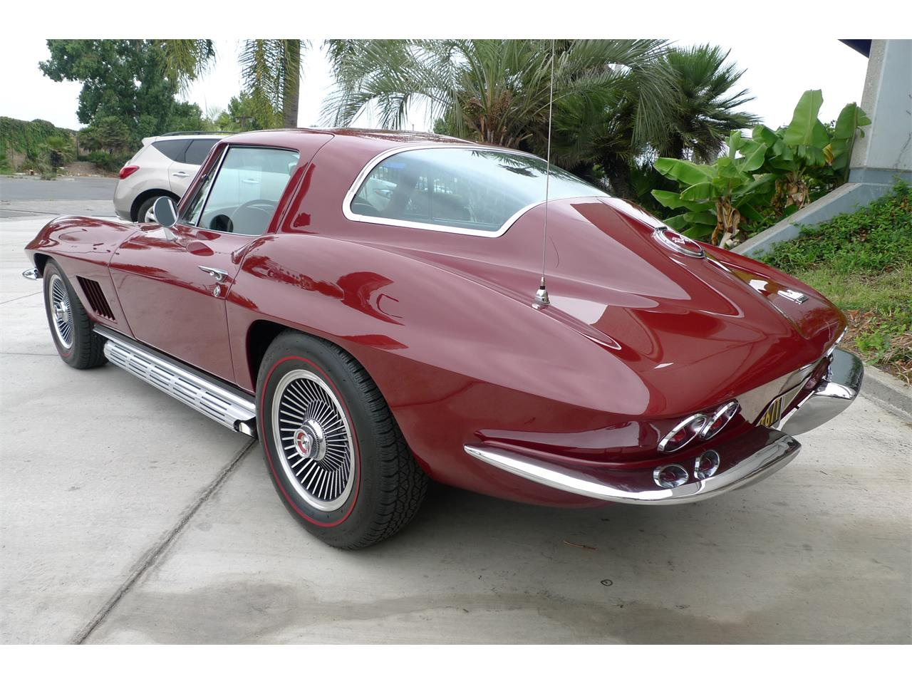 Large Picture of '67 Corvette - OEH2