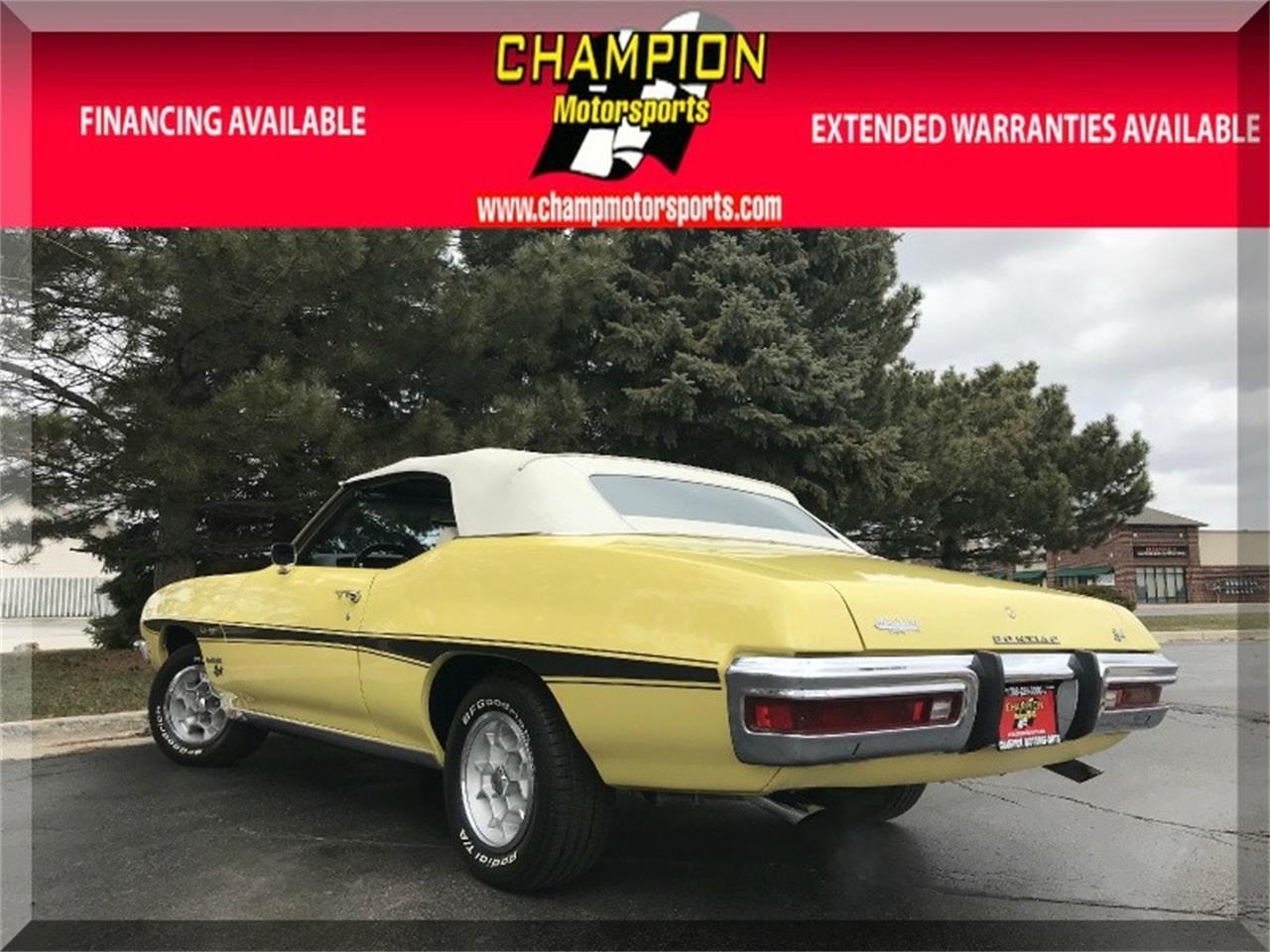 Large Picture of '72 Pontiac LeMans - O8KJ
